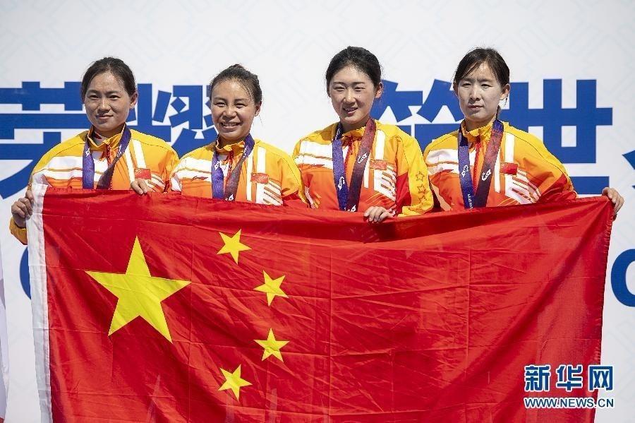 中国队获军运会公路自行车女子个人、团体赛冠军