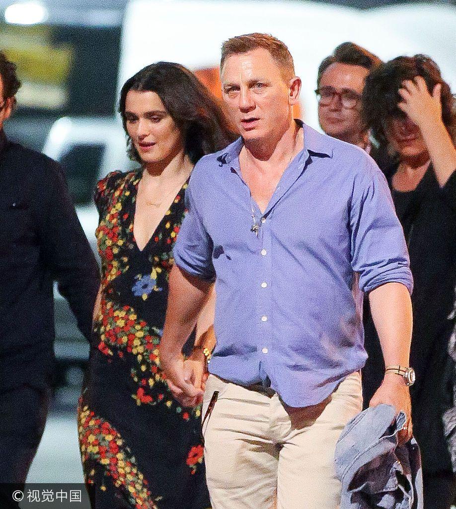 007克雷格娇妻表情卡通晕倒表情包撒狗粮俩人v娇妻变牵手图片