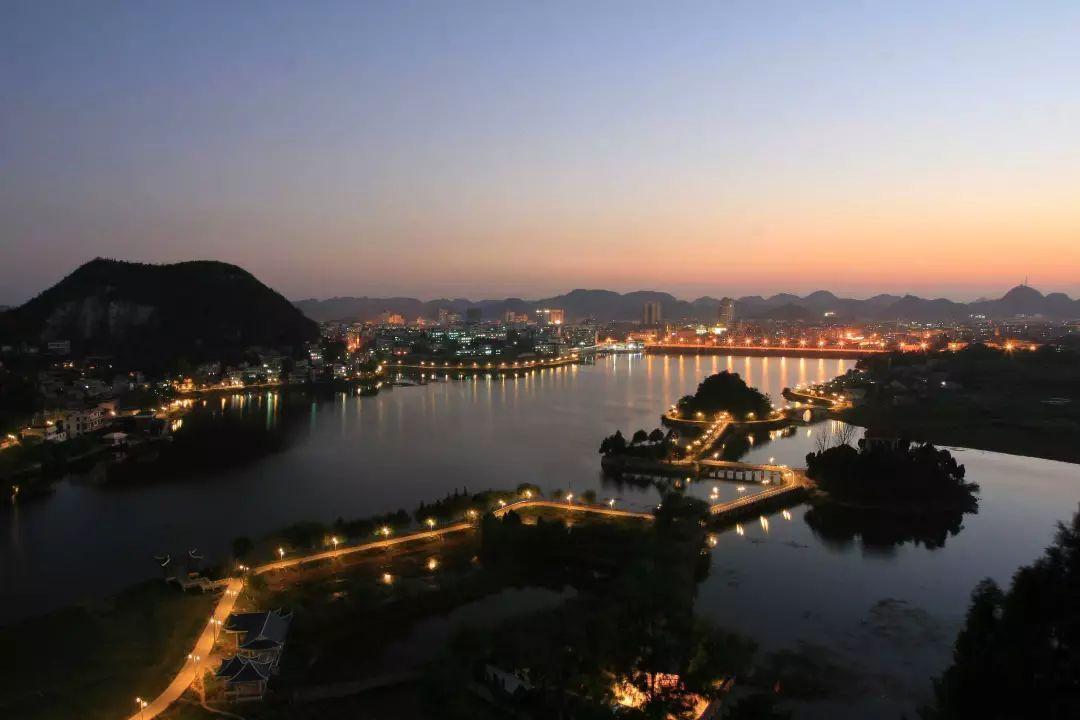 贵州安顺风景图