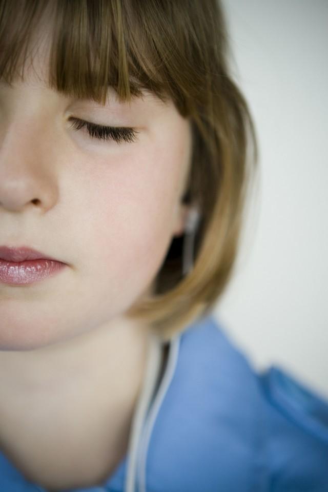 【图】齐耳短发编发教程 这几种发型你可以尝试