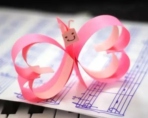 幼儿园卡纸与折纸手工:16个创意爱心教程,暖心小瞬间收获感动