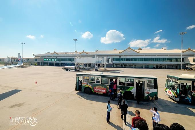 可以自驾汽车去缅甸小勐拉维加斯旅游吗?