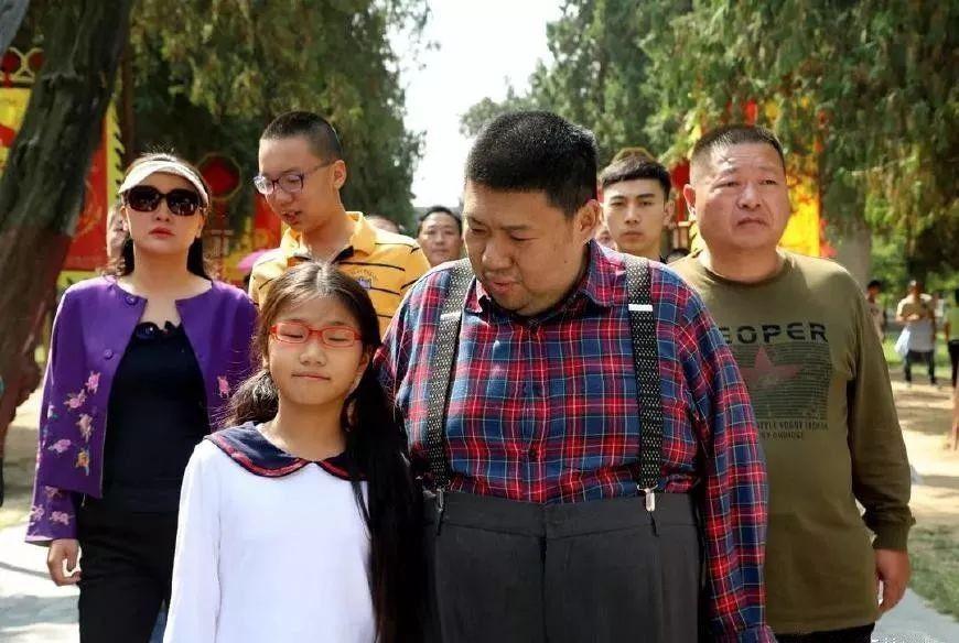 毛新宇唯一的儿子毛东东近照,身高一米八一表人才,网友:太帅了