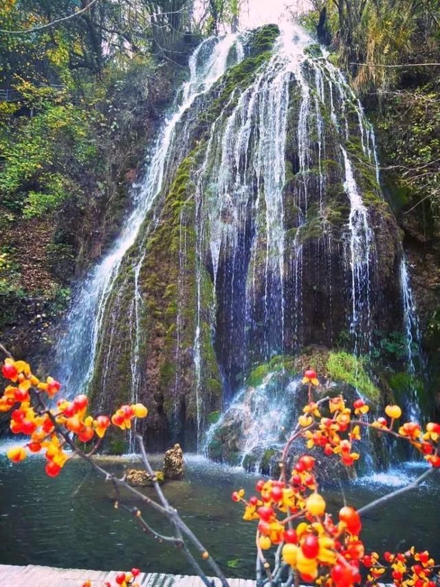壁纸 风景 旅游 瀑布 山水 桌面 640_853 竖版 竖屏 手机