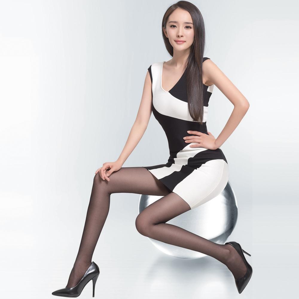 北京女明星名单_娱乐圈美女明星丝袜高跟鞋,你更喜欢哪个?-北京时间