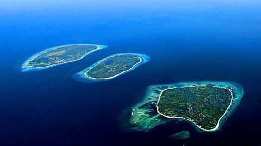 松巴哇岛,巴厘岛等区域震感强烈,有中国游客称,自己到了巴厘岛四天