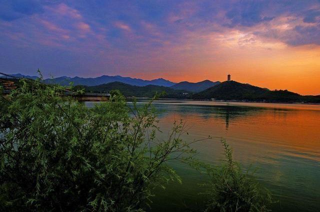 孕育很多旅游景点,如荷花荡,尧帝古城,水上森林公园,柳树湾湿地,白马