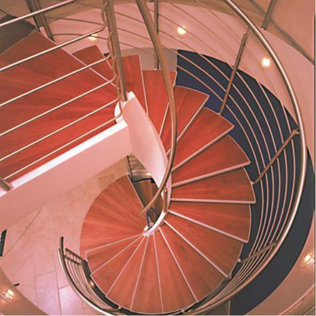 混凝土旋转楼梯,改进安装更可靠