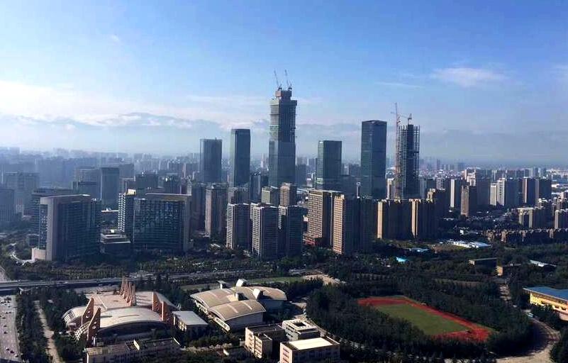 一座座超高摩天楼在短短几年里拔地而起.