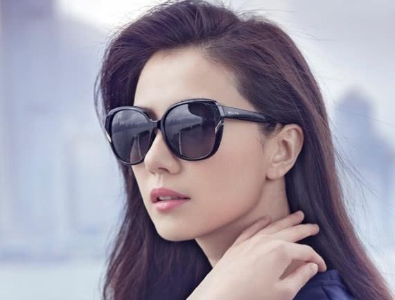 4位戴眼镜特别美的女星,高圆圆上榜!