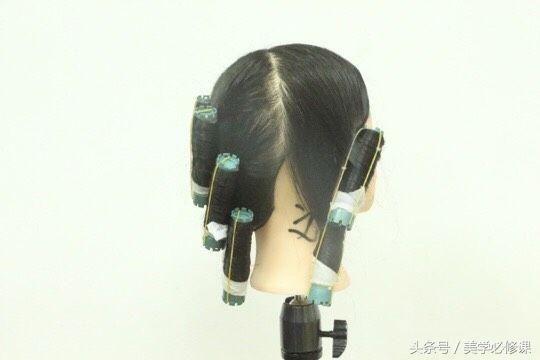 v发型必修课:发型常见八款烫发发廊,八种卷杠排何赛飞图片