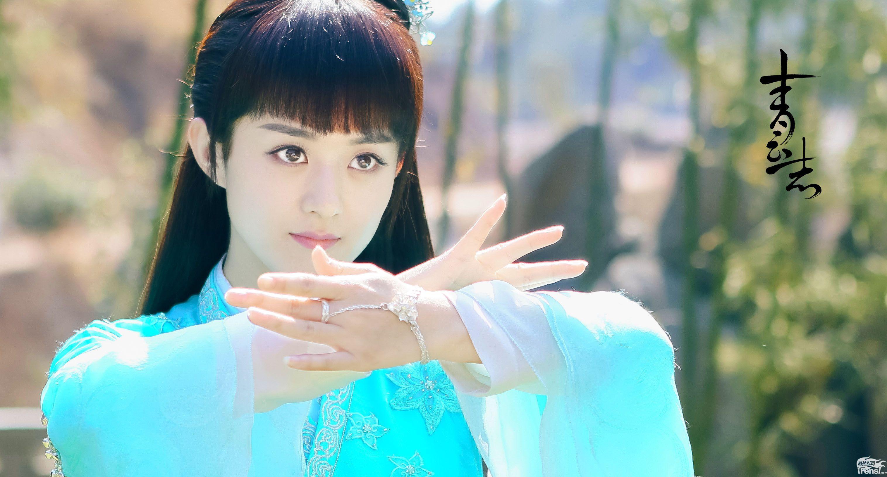 赵丽颖,一直被称为是古装美人的赵丽颖,每一款古装造型都很美,碧瑶