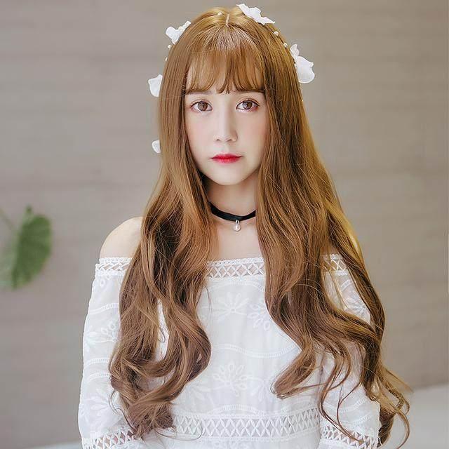 是考验颜值的发型,其实不仅短发女生可以性感和可爱长发也依然很撩人图片