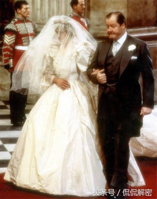 直击戴安娜王妃,凯特王妃,梅根的婚礼照