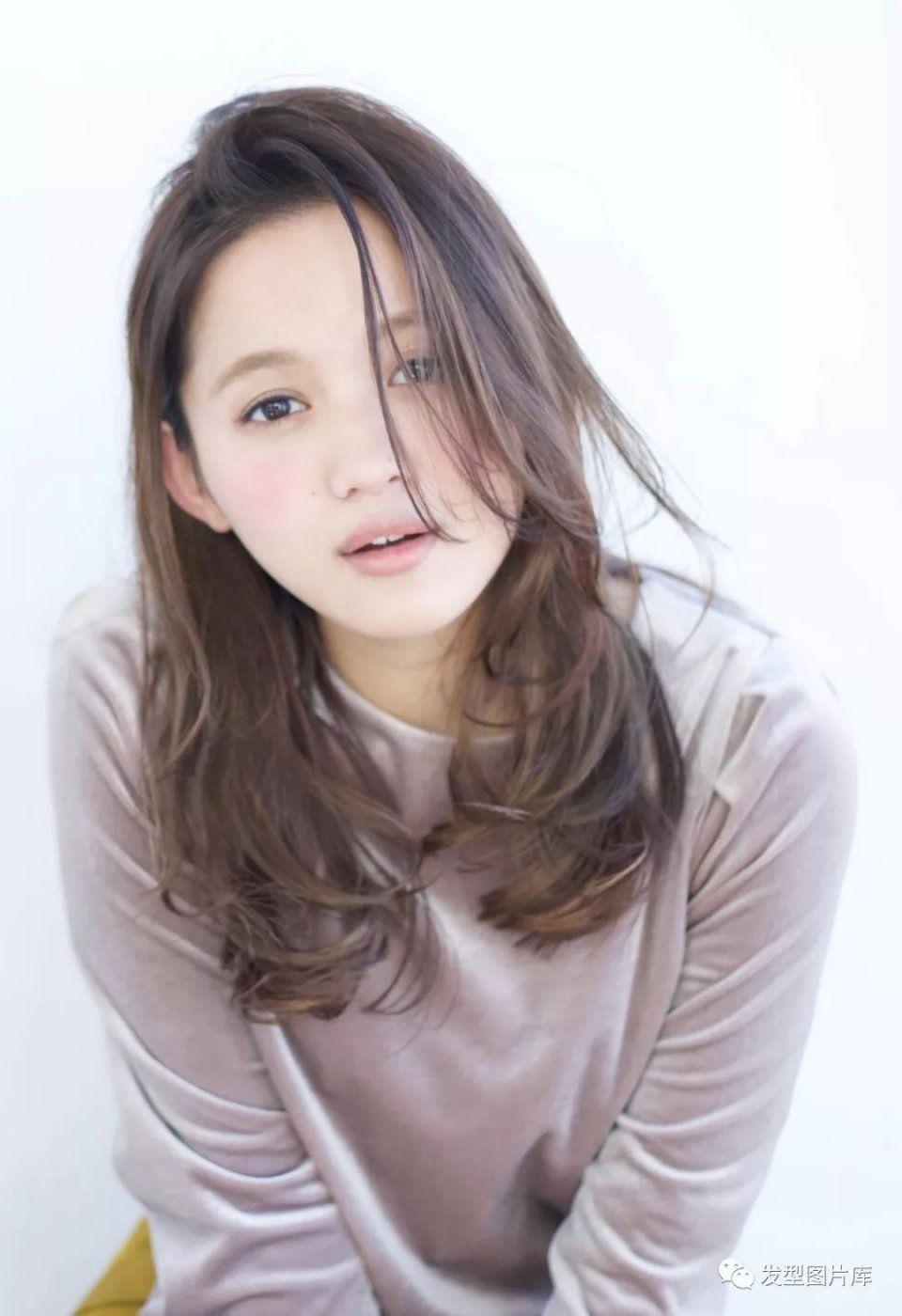 春节,发型剪女生不显老?女图片刘海短发烫发空气发型图片