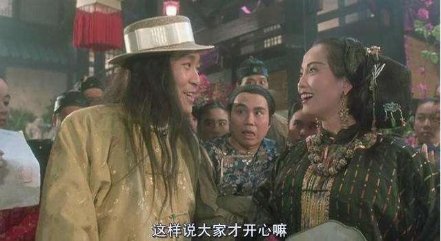 周星馳經典老搭檔石榴姐自曝曾被襲胸,網友表示受到雙重驚嚇!圖片