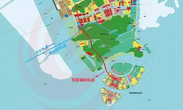 通往主岛隧道 未来若建设起规划中的两条连接填海区与横琴的城际轨道