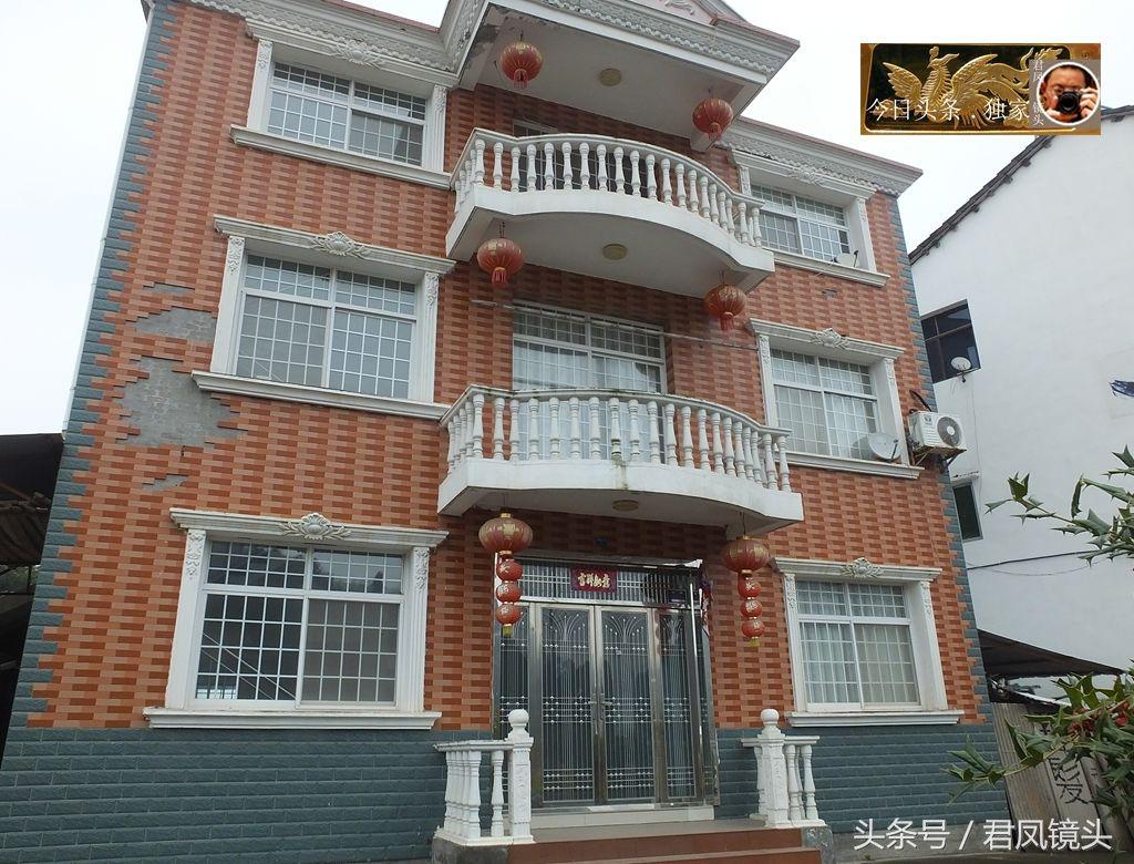 湖北宜昌:乡村豪华农房,白雪积淀,美!一栋农房耗资多少万元?