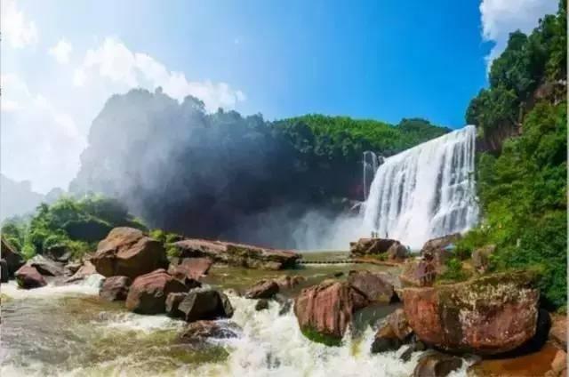 关西大奇兵瀑布拥有十丈洞大攻略,中洞奇观,瀑布景区,转石古道,香溪赤水自由行瀑布图片