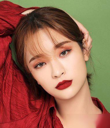 韩版的女生扎头发,什么样的发型用起来效果好一些?图片