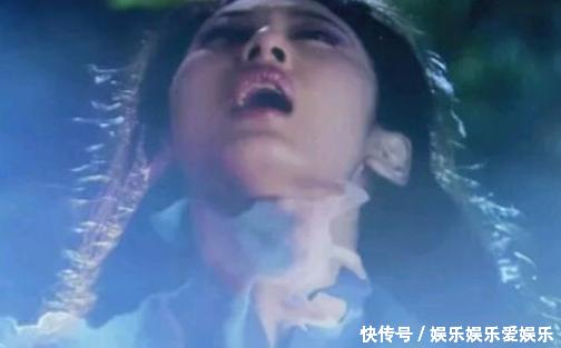 刘亦菲,在《神雕侠侣》中,被掐脖子,这狰狞的表情,痛苦的嘴巴张开图片