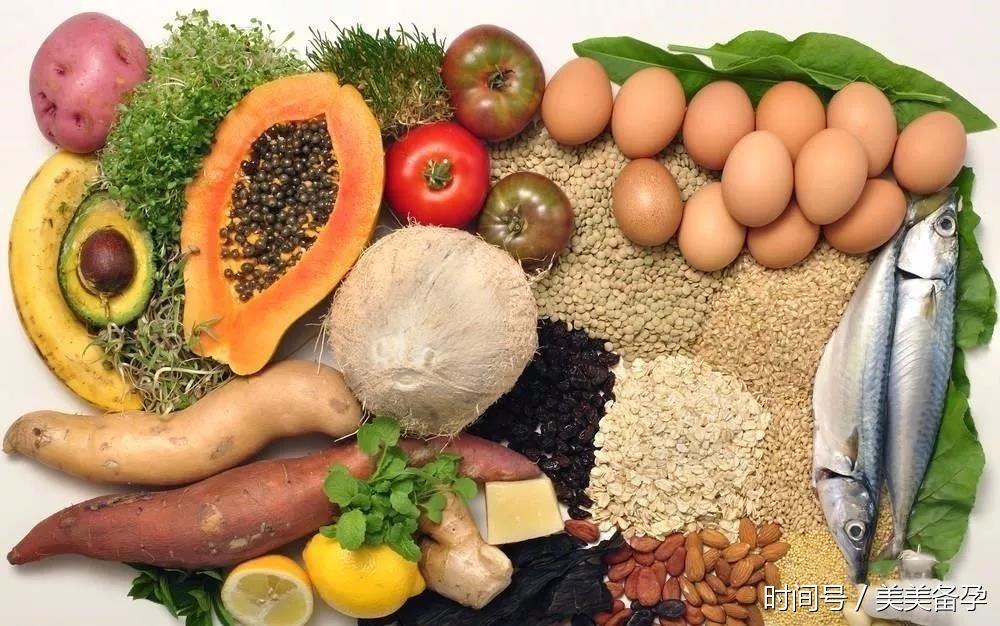 每日饮食:孕妇食谱大全及红枣注意事项怀孕晚期吃红豆花生黑米科普粥图片