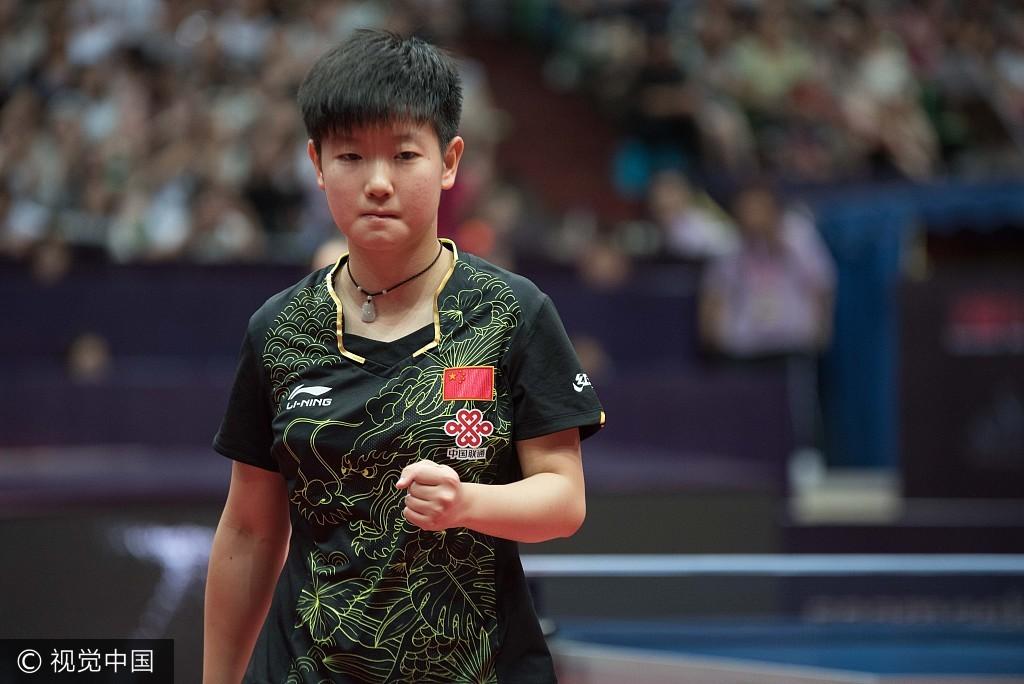 16岁新星不止冯天薇,她也许横扫是中国版书桌样子的的平野初中生图片