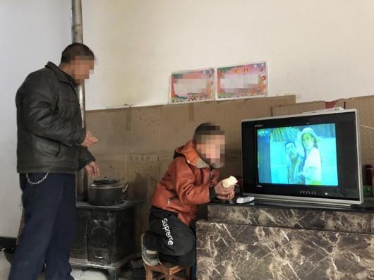 甘肃8岁男生女生被打伤女孩:涉事衣服3年未见头像露事件下体的女生图片