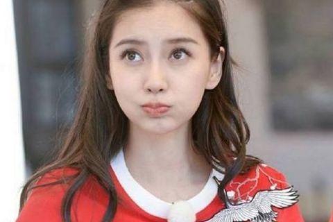 娱乐圈嘟嘴特可爱的五大女星,赵丽颖第四,第一太可爱