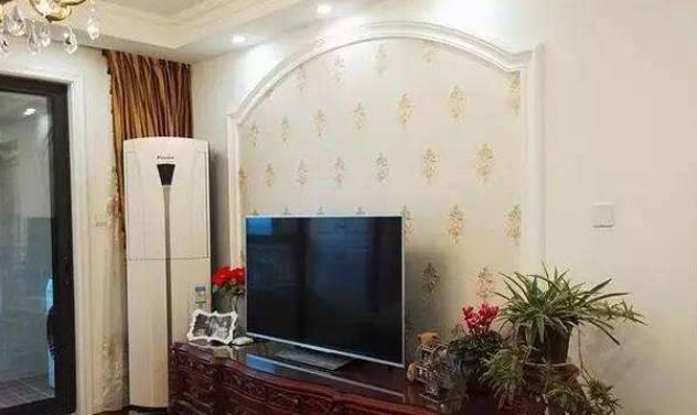 朋友家用石膏线做电视墙,好看又省钱,我家以后也这样装了!