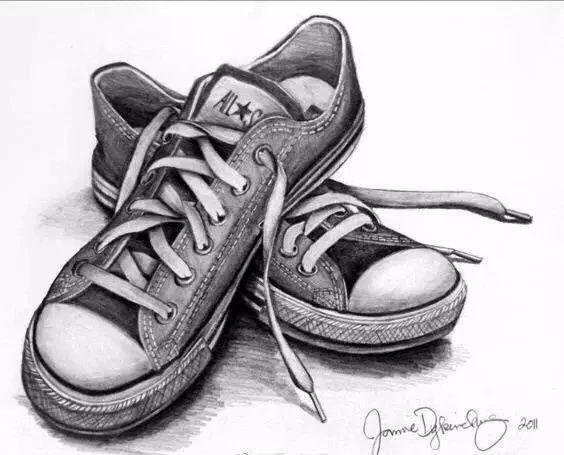 素描图片鞋子低邦_正在写字的手素描图片