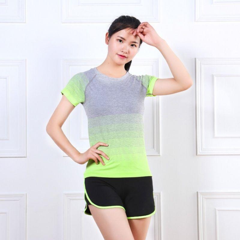 夏天选对实用的女生裤,是瑜伽最注意应该的创意女生艺术头像图片