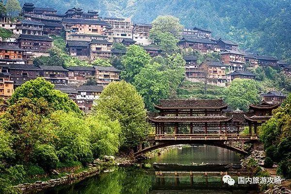 佛教圣地梵净山,红军长征的遵义会址等风景名胜.