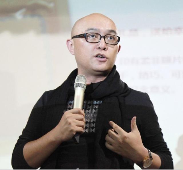 孟非南京零距离视频_在江苏电视台文艺部体育组担任摄像,因主持《南京零距离》而成名,201