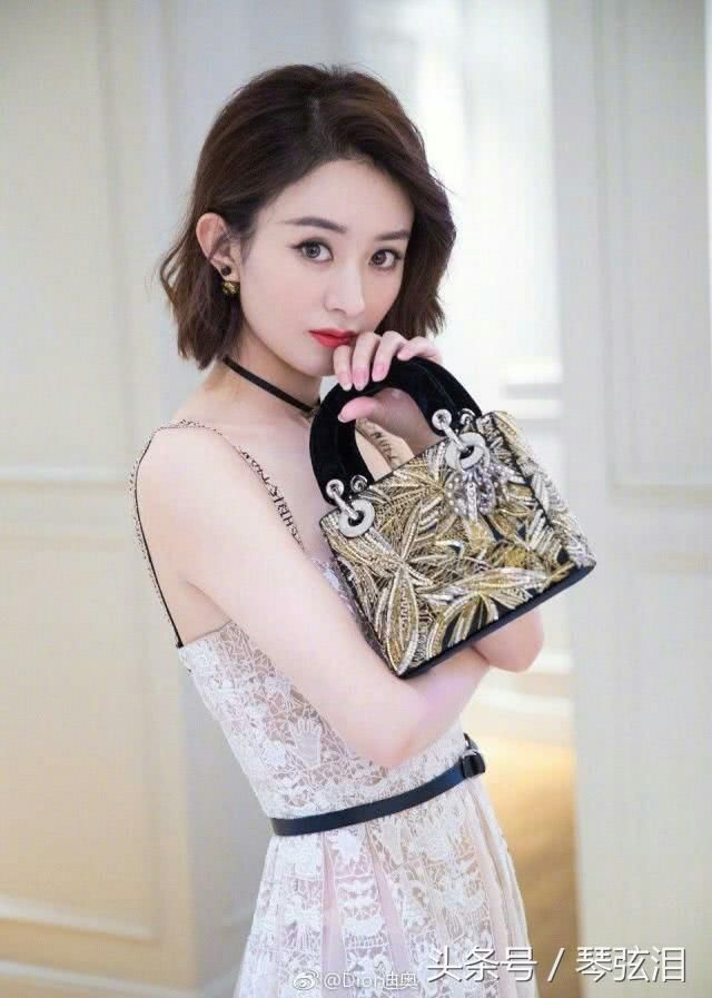 如颖随行:赵丽颖成时尚迪奥女王,是超级酷酷帅的小姐姐!