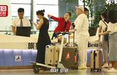 每天被问1000次,浦东机场微笑姐火了!