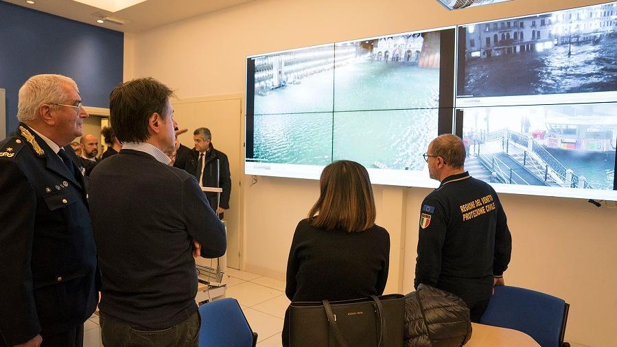 遭遇50年一遇洪灾 意总理宣布威尼斯进入紧急状态