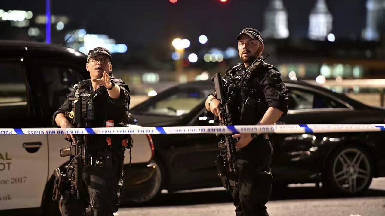 伦敦发生三起伤人事件 目击者惊恐讲述事发经过