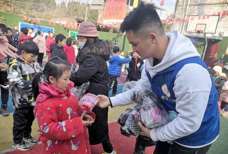健康未来,儿童冬季呵护行动