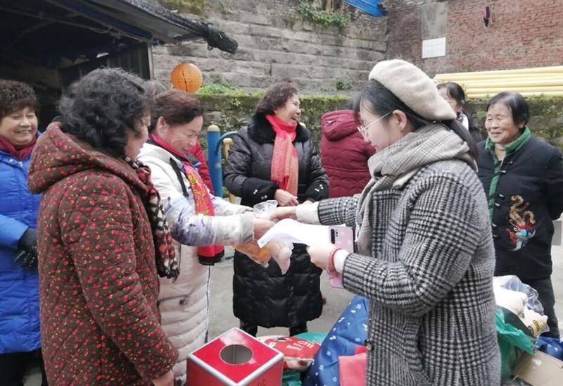 【迎元旦,慶新春】金鴨兒小區節日氛