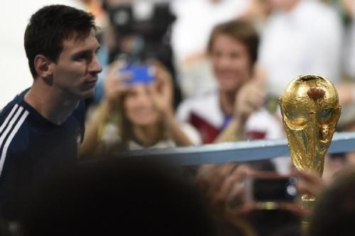 马德里噩梦:阿根廷遭西班牙血洗!梅西离大力神