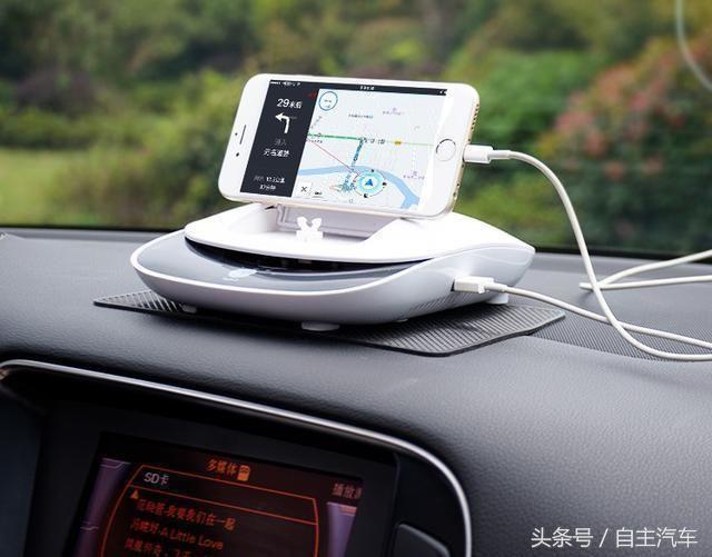 私家车还在傻傻装行车记录仪?聪明司机早用上高端货,瞬间升顶配