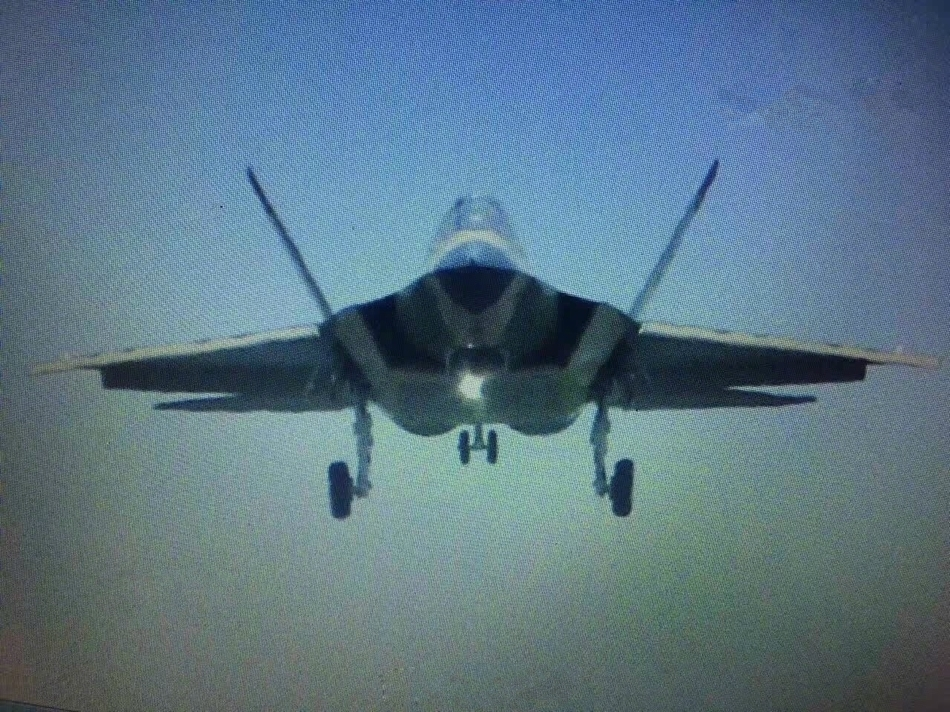 我国FC-31鹘鹰2.0版最新照片曝光!隐身雷达均有优化