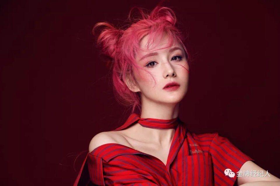 蓝燕:从性感女神到文艺Girl,在角色的成长中寻求