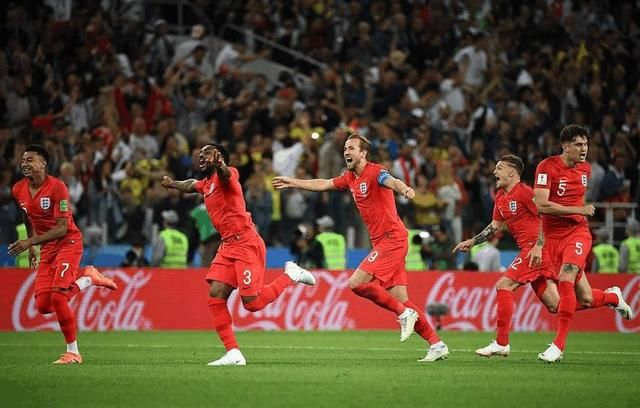 历史总是那么相似,世界杯八强和02年几乎一致