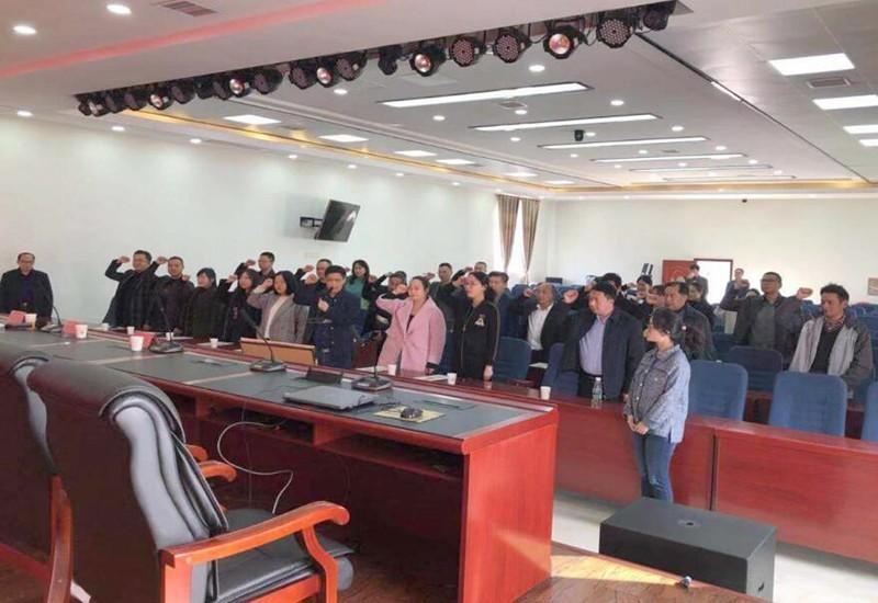 四川高坪:法院开展新任人民陪审员就