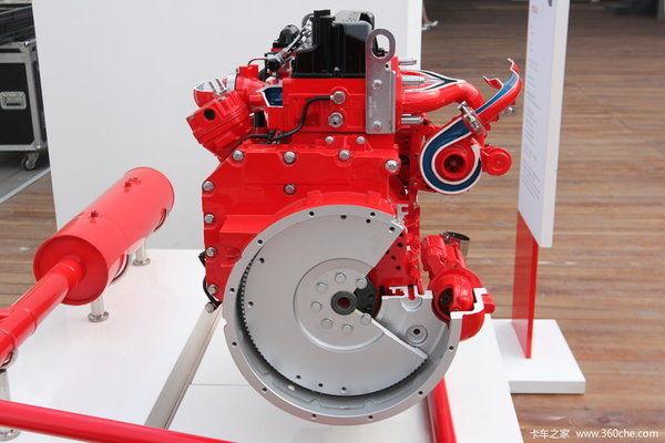 哈尔滨康明斯发电机,控制起动机跟齿轮啮入轮齿圈带动柴油机启动