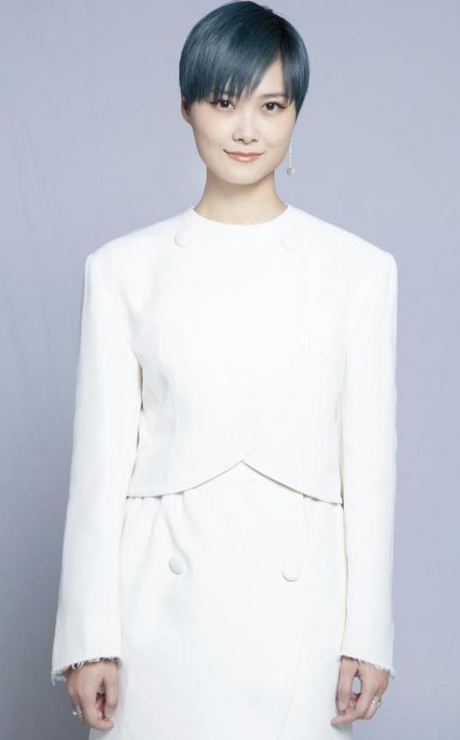 李宇春创作《岁岁平安》 与肖战共同用歌声点亮心愿