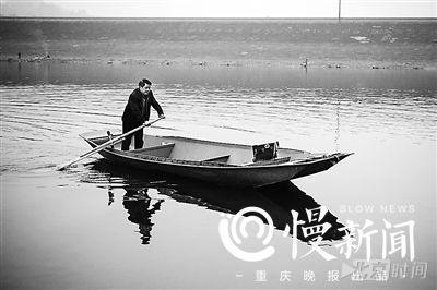 """重庆""""10块钱医生"""":乡亲需要我 就坚持下去"""