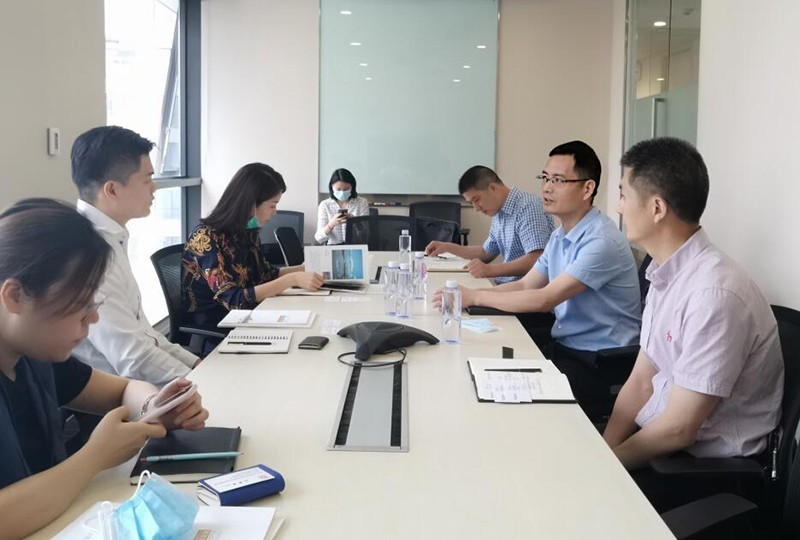市友协赵启会长拜会新加坡企业发展局华西区负责